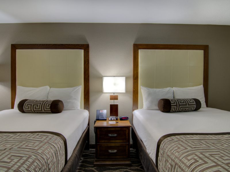 Top Hotels in Centerville Iowa-min