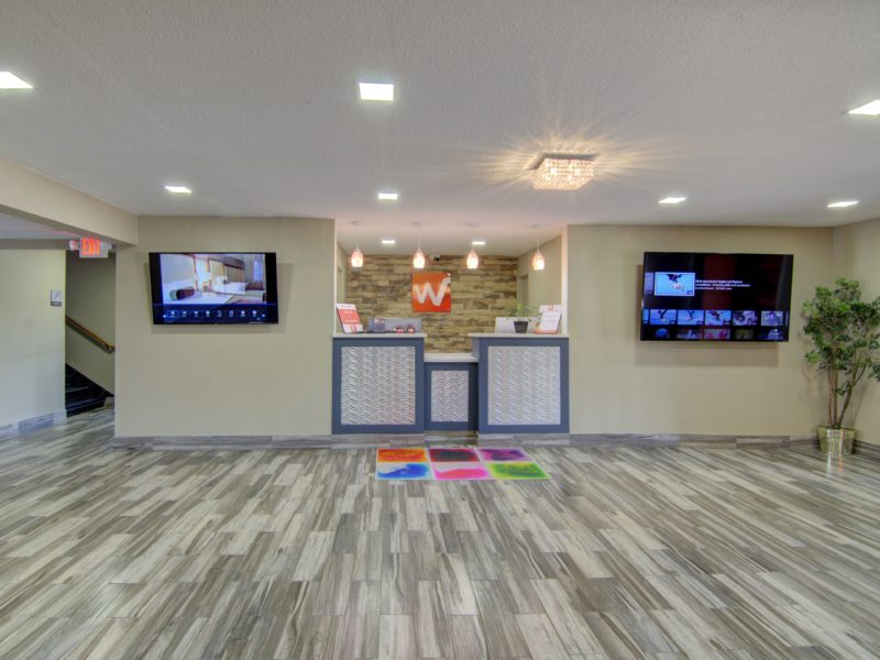 Westbridge Inn and Suites centerville iowa-min