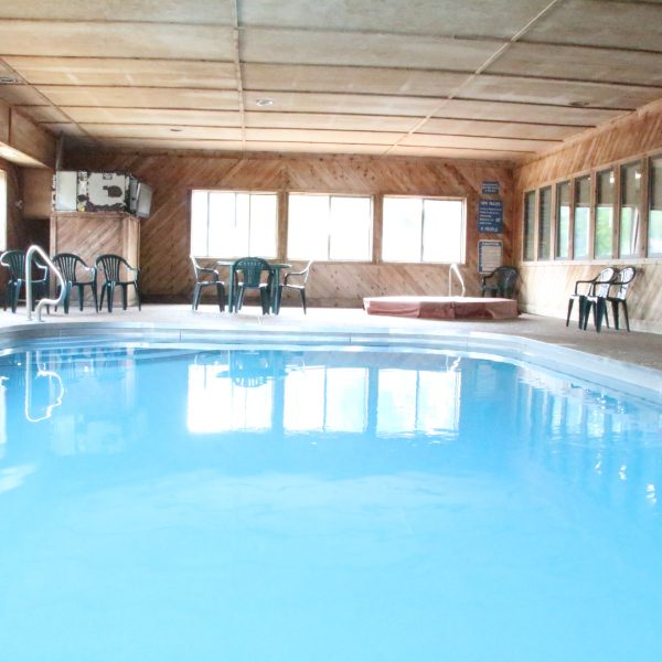 indroor pool in motel 60 & villa at Centerville iowa
